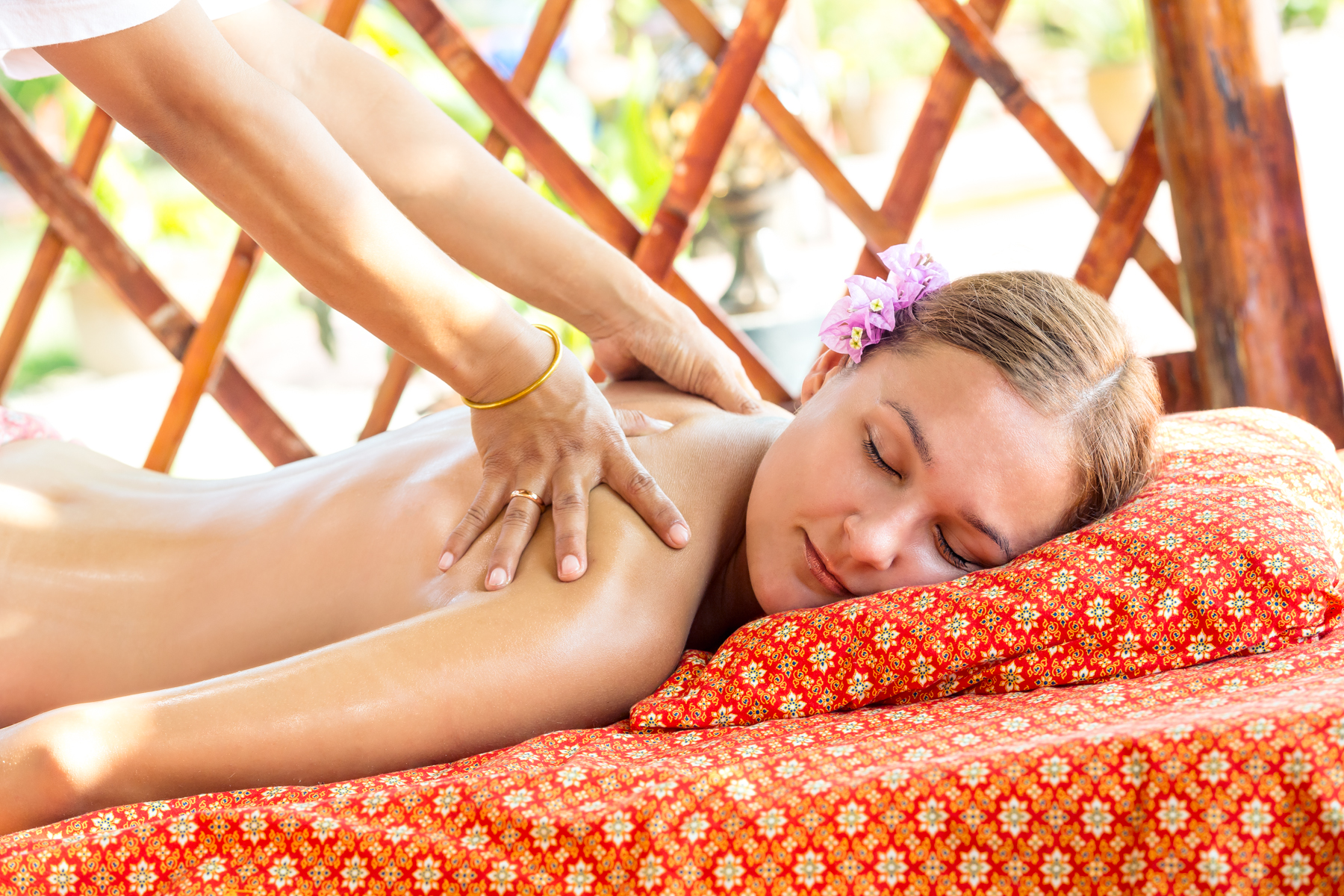 medical massage Yao Yai Beach Resort Thailand