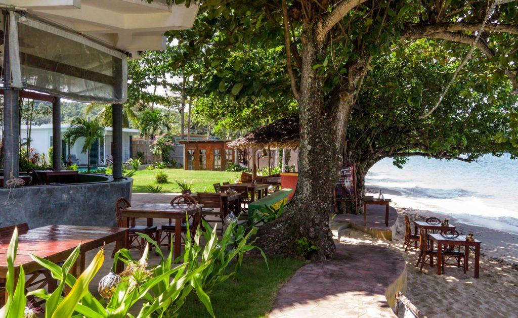 restaurant with view in Yao Yai Beach Resort Thailand